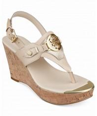 Giày Sandals Nữ GUESS Marcina Kẹp Đế Xuồng Hàng Hiệu